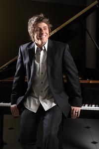 Josh Wright pianist
