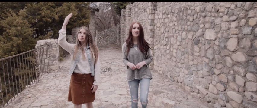 Maddie and McKynlee Wilson – Testimony through Hymns
