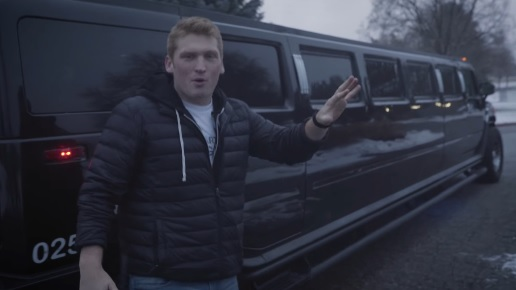 Stuart Edge - Picking People Up in a Hummer Limo