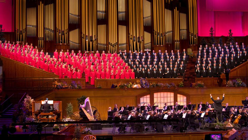 Mormon Tabernacle Choir and Orchestra at Temple Square
