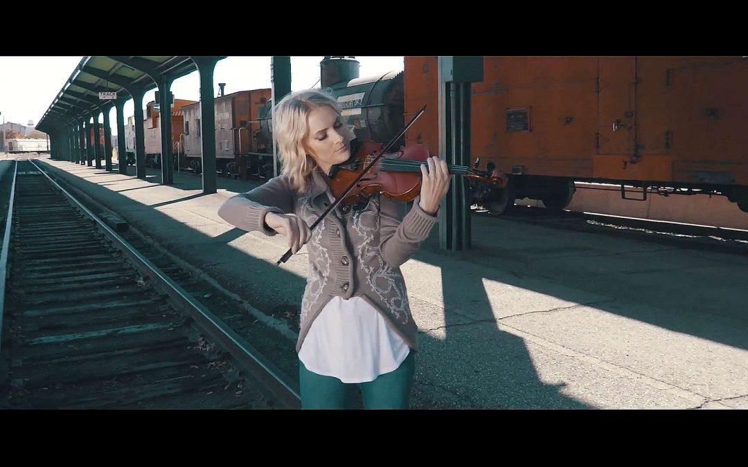 "Dahlia Row's New Awe-Inspiring Music Video ""La Vie En Rose"""