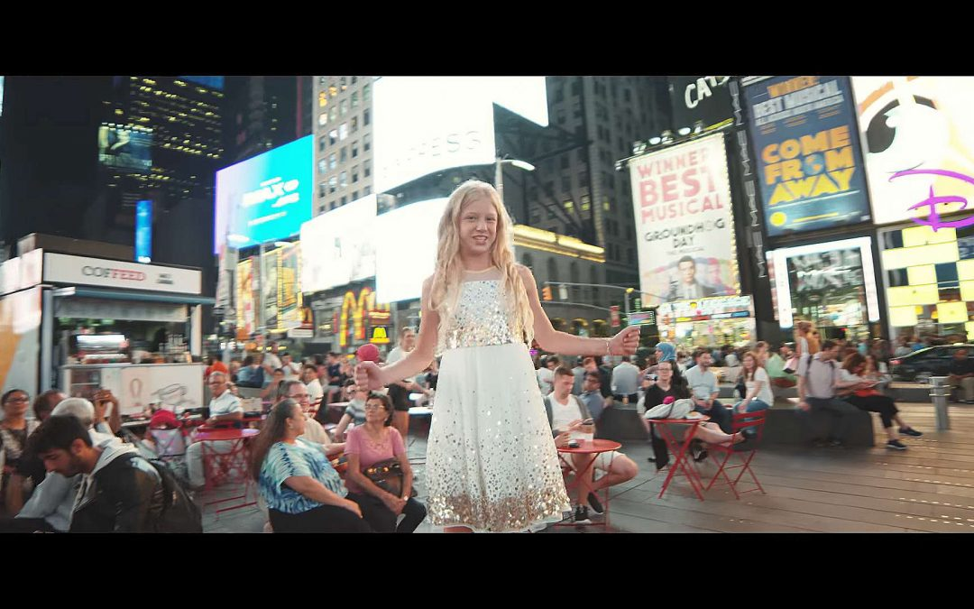 """Lyza Bull Sings """"Stand in the Light"""" in the Heart of New York City"""