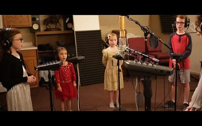 "Monica Scott Helps to Light the World with Her New Children's Christmas Song ""Starlight"""