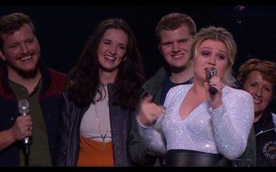The LeBaron Family Performs Les Misérables Medley at Kelly Clarkson Concert
