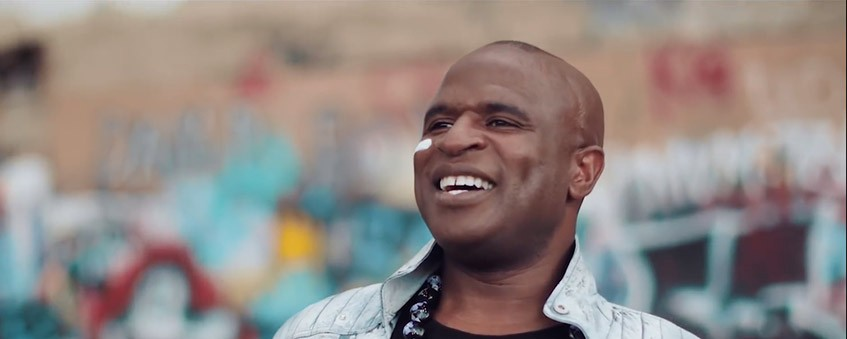 Alex Boyé Delivers Message of Hope and Understanding During Concert in Springdale, Utah
